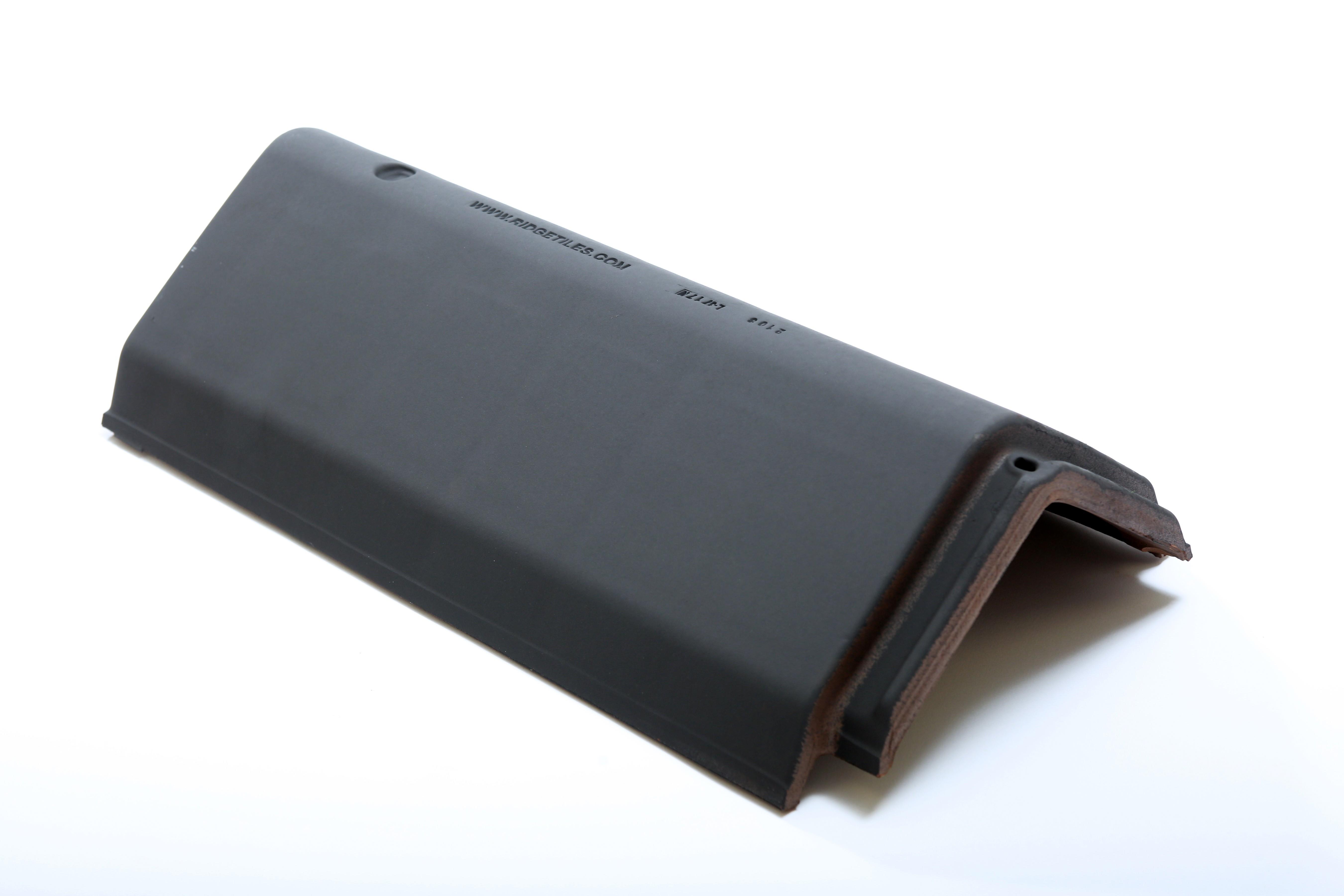 LAGAN UNIVERSAL RIDGE Tile 450mm BLACK  LAGUNIR450B