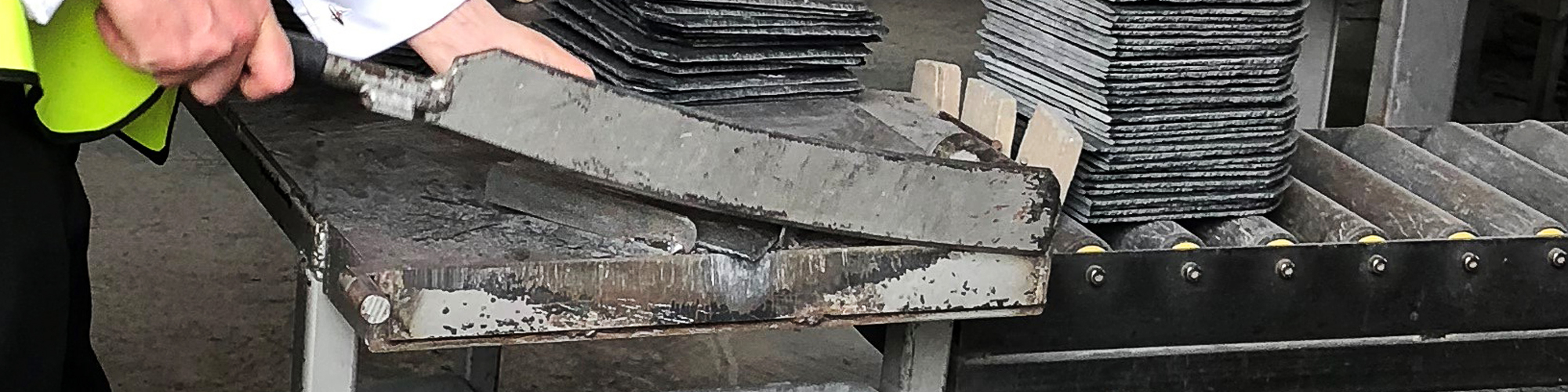 slate cutting, roofing slate, roof slate, roofing chestyer